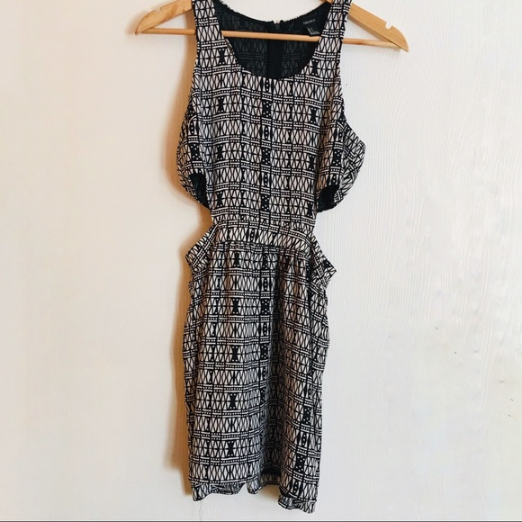 Forever 21 Side Cut-out Dress